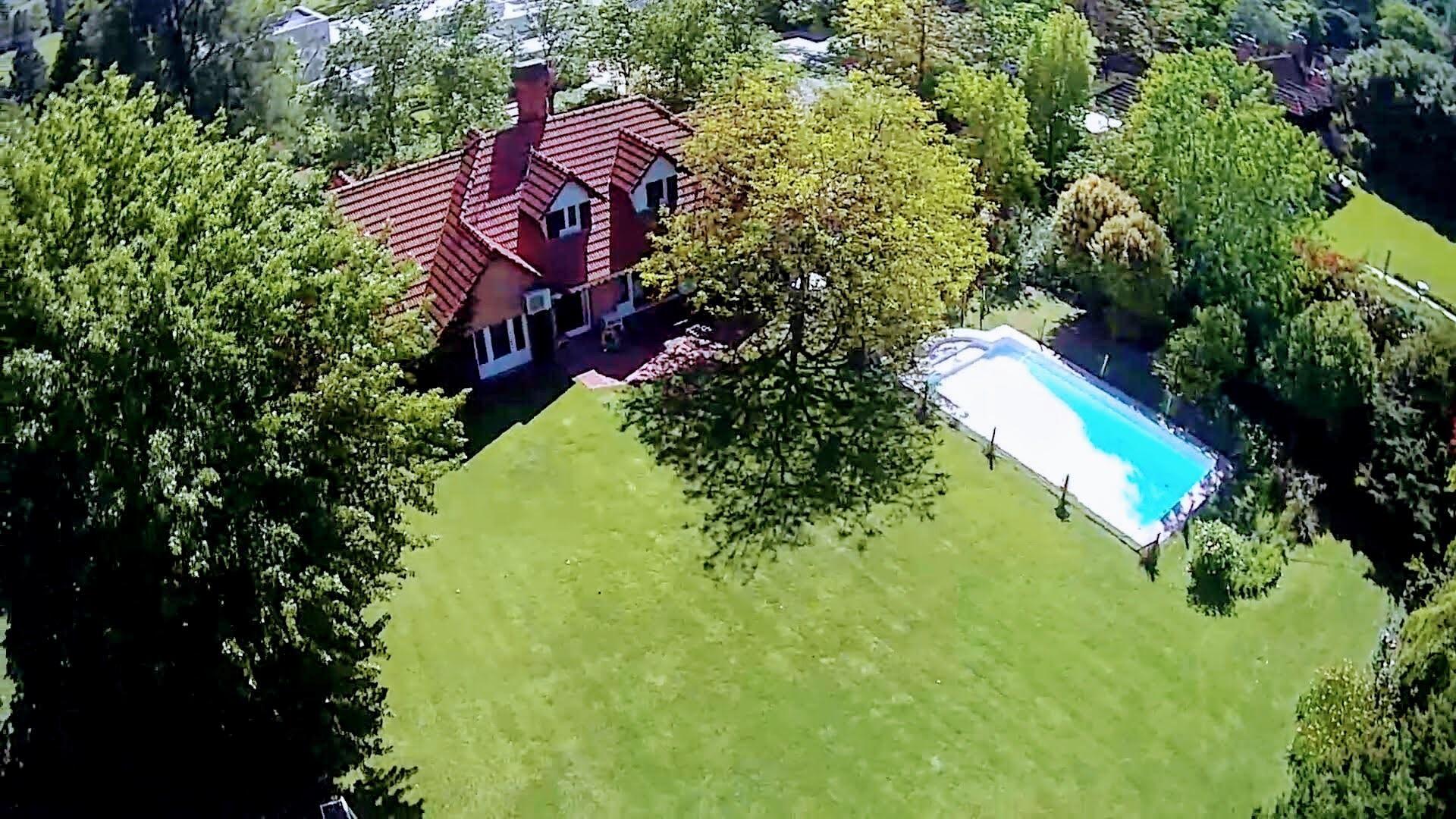 Casa en Venta en Martindale Country Club - 5 ambientes