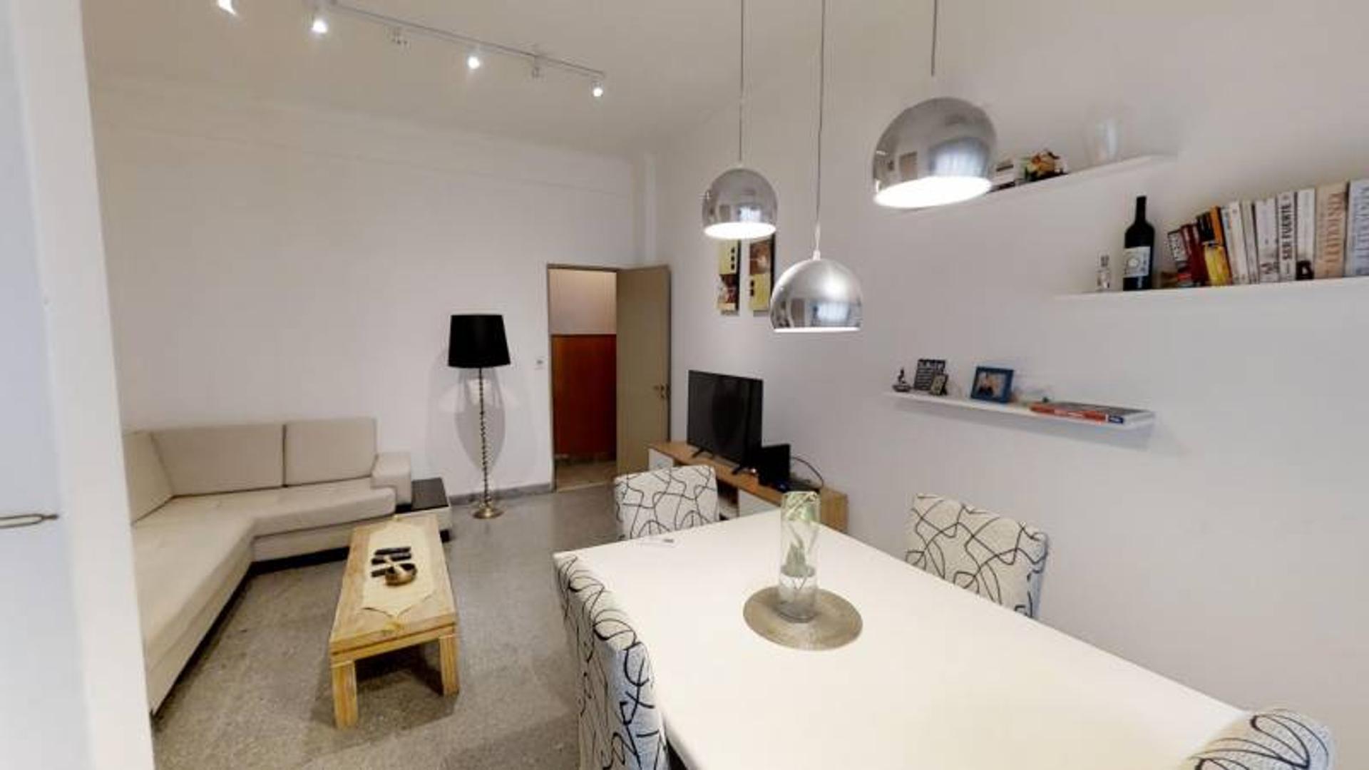 PH 3 amb. más 122 m2 de terraza, sin expensas.